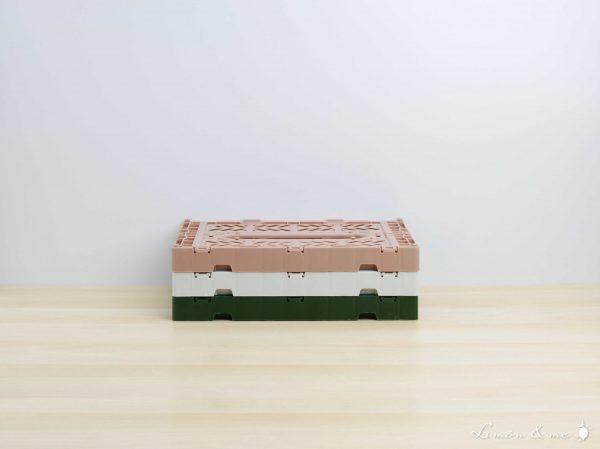 Cajas plegables de colores apiladas - Aykasa