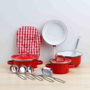 Juego de ollas clásicas de color rojo con utensilios de cocina - Small Foot
