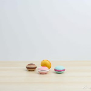 Macarons de fresa, chocolate, vainilla y frambuesa de madera - Le Toy Van