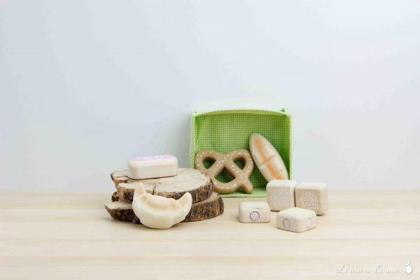 Set de bollería de madera en cesta de tela - Tender Leaf