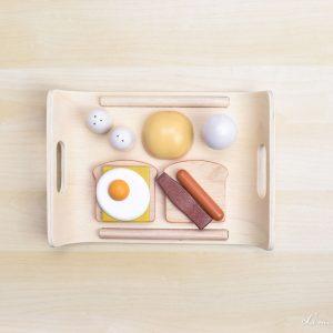 Bandeja de desayuno de madera con tostadas y huevo - Plan Toys